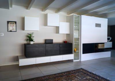 Ensemble coordonné meuble TV et séjour - Blanc satiné et noir structuré donne un ambiance moderne à cette composition