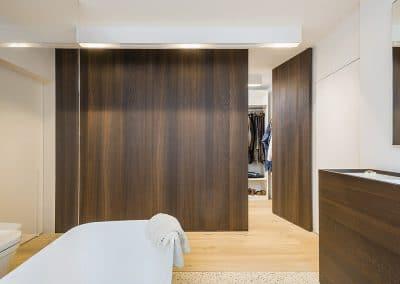 Porte invisible, accès dressing